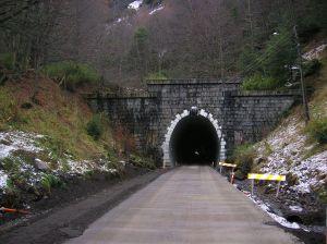 Las Raíces Tunnel - photo by Miguel Millan
