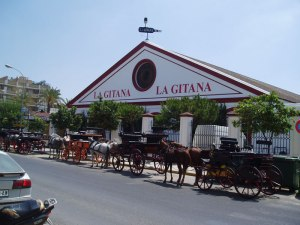 Bodegas Hidalgo La Gitana (producers of La Gitana Manzanilla) in Sanlúcar de Barrameda – photo by Caleteron via Wikimedia Commons